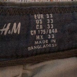 H&M Shorts - Olive walk shorts